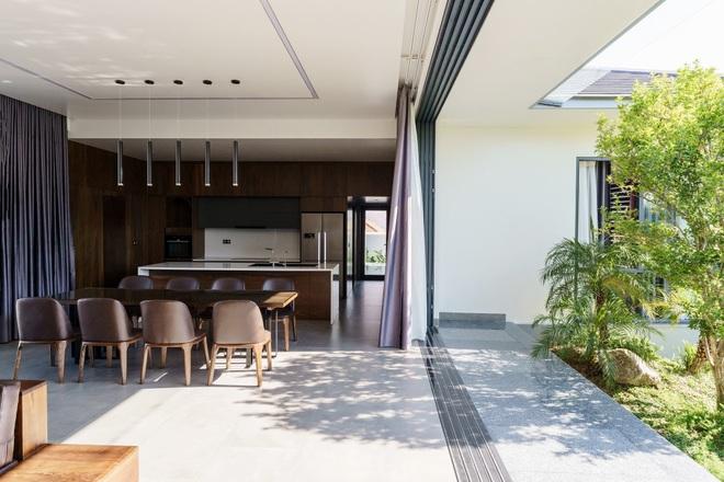 Ngắm ngôi nhà nằm giữa vườn xanh, luôn mát mẻ của gia đình ở Quảng Bình - 7