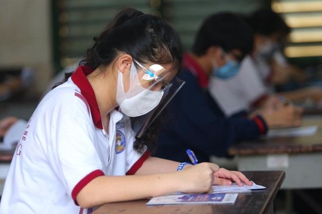 Hai trường đại học đầu tiên công bố xét tuyển bổ sung với hơn 100 chỉ tiêu  - 1