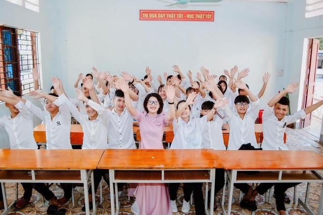 Lớp học có 17 học sinh đồng bào dân tộc thiểu số đỗ đại học điểm cao - 1