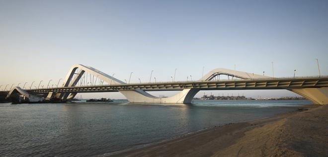 Cầu Trần Hưng Đạo với phong cách xứ Đông Dương: Chuyên gia chê chắp vá - 2