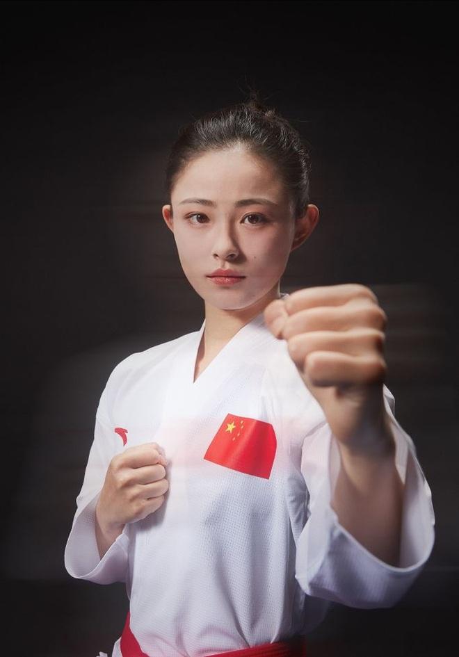Nhan sắc xinh đẹp của thiên thần karate người Trung Quốc - 1