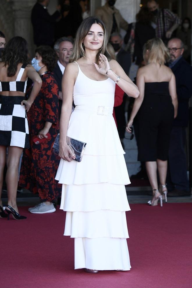 Penelope Cruz là tâm điểm thu hút tại Liên hoan phim - 4