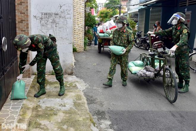Sự thật về thông tin lực lượng bộ đội chuẩn bị rút quân rời TPHCM - 2