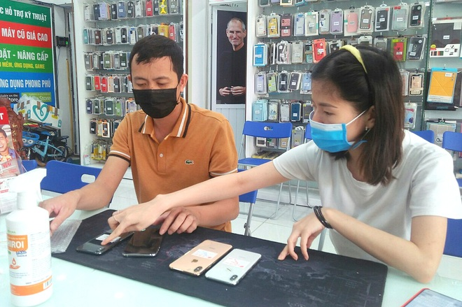 Hà Nội: Bớt giãn cách, tăng tuyển lao động - 2
