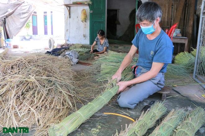 Sống khỏe trong dịch bệnh nhờ cuộn rơm đuôi trâu xuất khẩu sang Nhật - 2