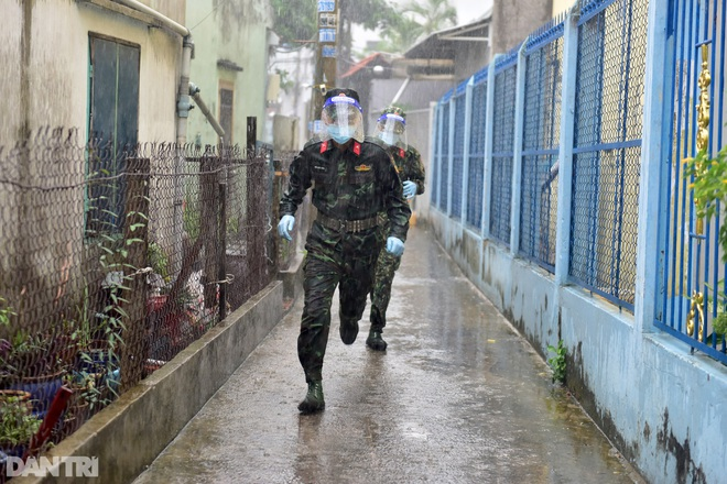 Sự thật về thông tin lực lượng bộ đội chuẩn bị rút quân rời TPHCM - 1