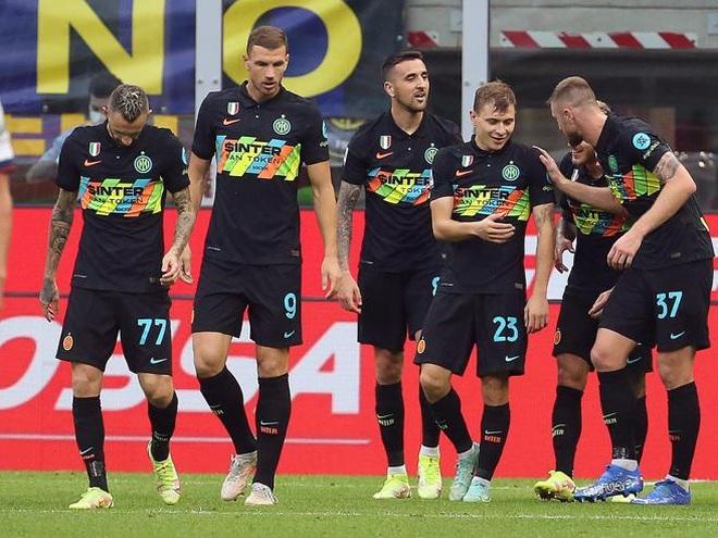 Hủy diệt đối thủ 6-1, Inter vượt lên dẫn đầu Serie A - 2