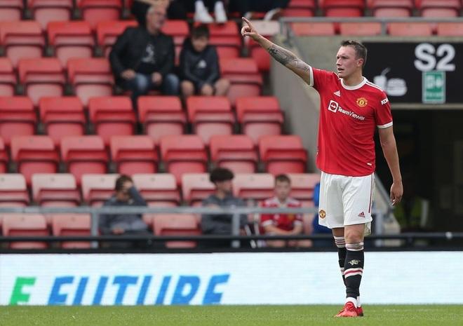 Hậu vệ Phil Jones của Man Utd: Tôi như đã ở dưới địa ngục - 3