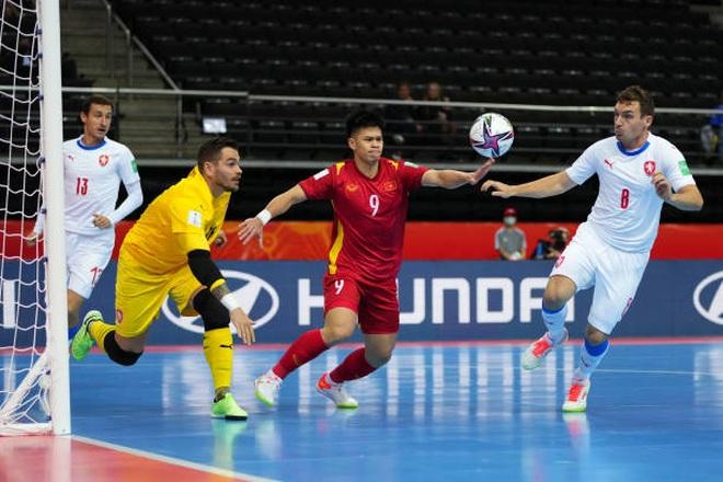 Báo CH Séc nói gì về chiến tích đi tiếp ở World Cup của futsal Việt Nam? - 2