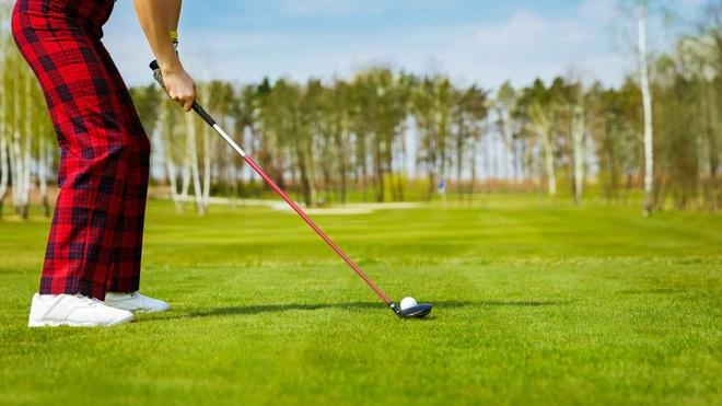 Cách tập luyện có thể giúp cải thiện cú đánh trong môn golf - 1