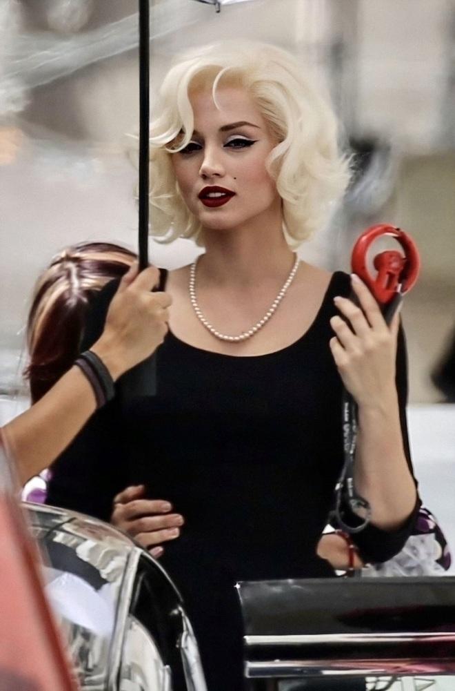 Nhan sắc nóng bỏng của mỹ nhân Cuba lần đầu vào vai Bond Girl - 6
