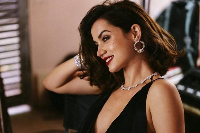 Nhan sắc nóng bỏng của mỹ nhân Cuba lần đầu vào vai Bond Girl - 10