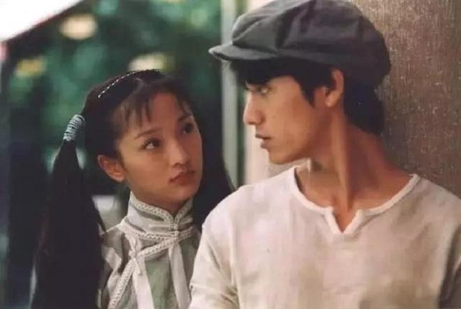 Cách hành xử của Trần Khôn, Huỳnh Hiểu Minh trước bão phong sát Triệu Vy - 4