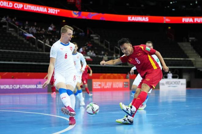 Futsal Việt Nam làm nên kỳ tích ở World Cup: Chiến thắng nỗi sợ hãi! - 3