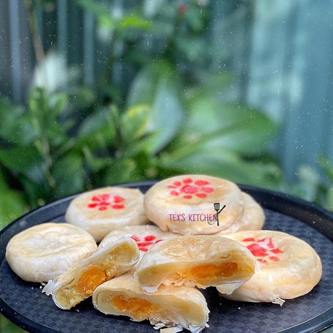 Chàng trai Gia Lai trổ tài làm đầu bếp với loạt món bánh ngon mùa dịch - 7