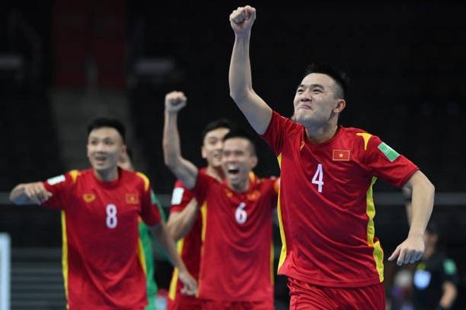 Hòa nghẹt thở CH Séc, Futsal Việt Nam giành vé đi tiếp ở World Cup - 1