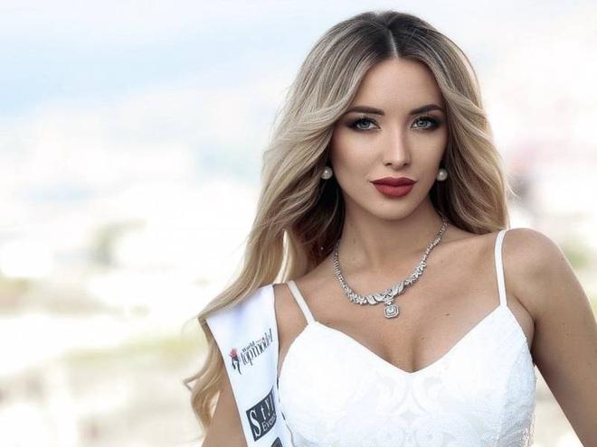 Nhan sắc yêu kiều của hoa hậu trái đất Bulgaria - 6