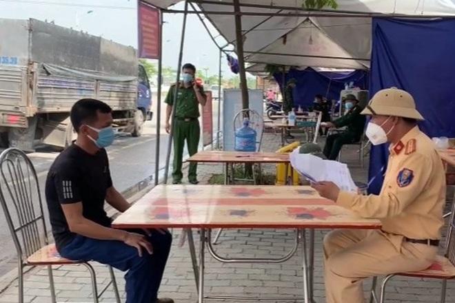 Tài xế sửa ngày phiếu xét nghiệm, chạy xe vượt chốt từ Hà Nội tới Hải Dương - 2