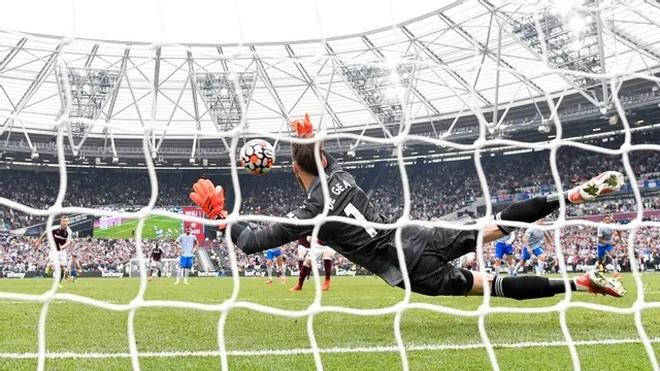 De Gea tiết lộ bí quyết cản phá phạt đền giúp Man Utd thắng West Ham - 4