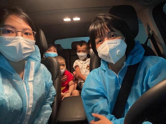 Người phụ nữ lái xe hàng ngàn km chở bệnh nhân về nhà miễn phí - 2