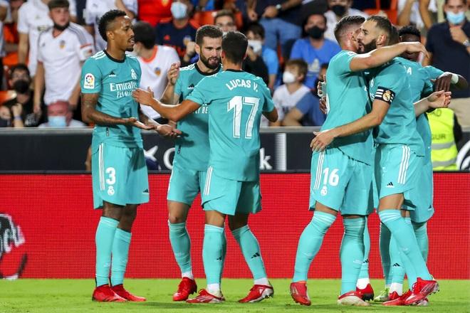 Thắng nghẹt thở Valencia, Real Madrid tiếp tục dẫn đầu La Liga - 2