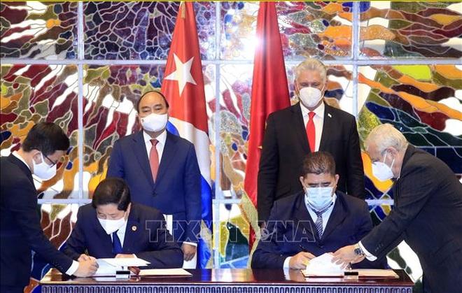 Chủ tịch Cuba chủ trì Lễ đón Chủ tịch nước Nguyễn Xuân Phúc - 2