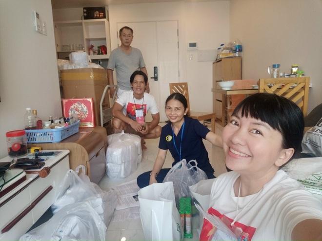 Sỹ Toàn - Ngọc Tiên kể về 3 tháng làm tình nguyện viên chống dịch - 2