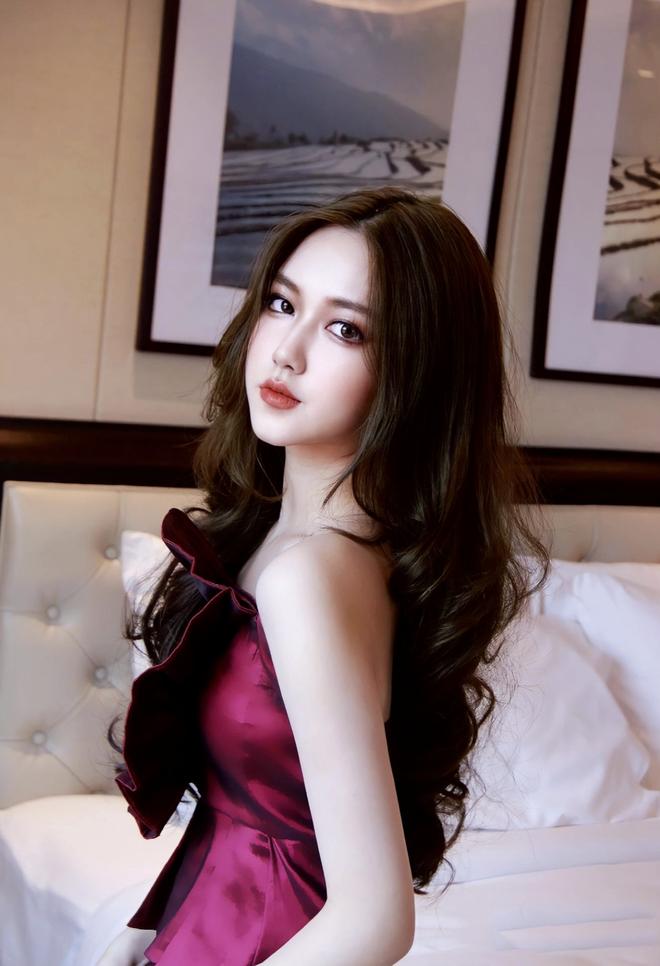 Hotgirl  Sài thành 16 tuổi có thu nhập tiền tỷ khiến dân tình xôn xao - 8