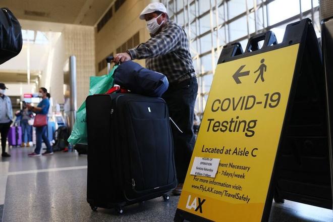 Mỹ sắp cho phép du khách quốc tế tiêm chủng đầy đủ nhập cảnh - 1