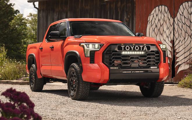 Siêu bán tải Toyota Tundra 2022 đối đầu Chevrolet Silverado và Ford F-150 - 1