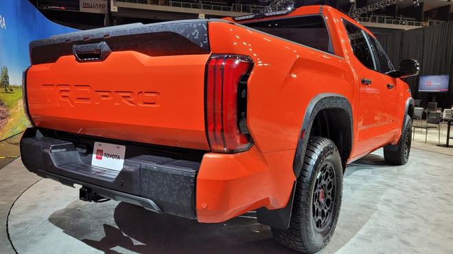 Siêu bán tải Toyota Tundra 2022 đối đầu Chevrolet Silverado và Ford F-150 - 2