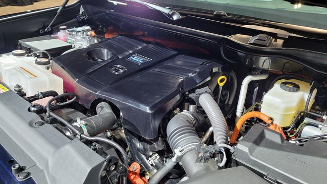 Siêu bán tải Toyota Tundra 2022 đối đầu Chevrolet Silverado và Ford F-150 - 5