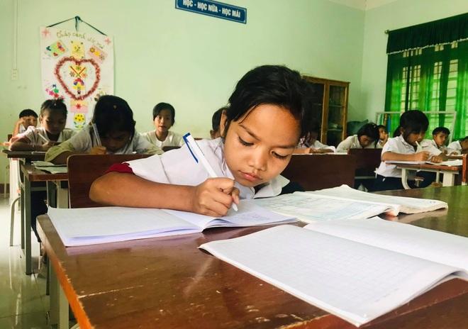 Hà Nội: Nhiều nhà giáo đề xuất khoanh vùng để học sinh trở lại trường - 1