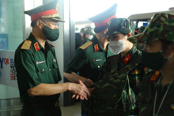 Gần 300 y bác sĩ tiếp tục chi viện miền Nam chống dịch Covid-19 - 3