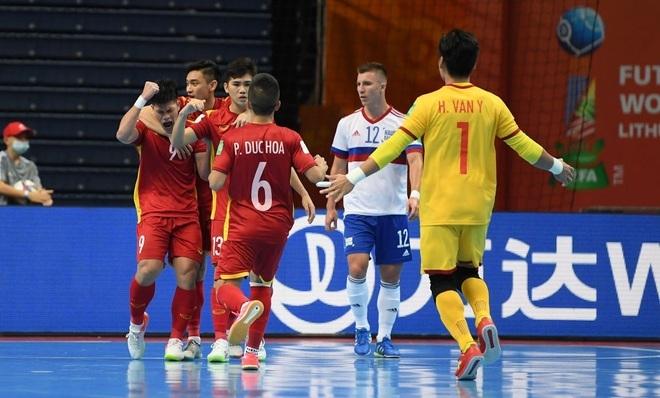 Đắc Huy và Đức Hòa ghi dấu mốc lịch sử cho tuyển futsal Việt Nam - 1