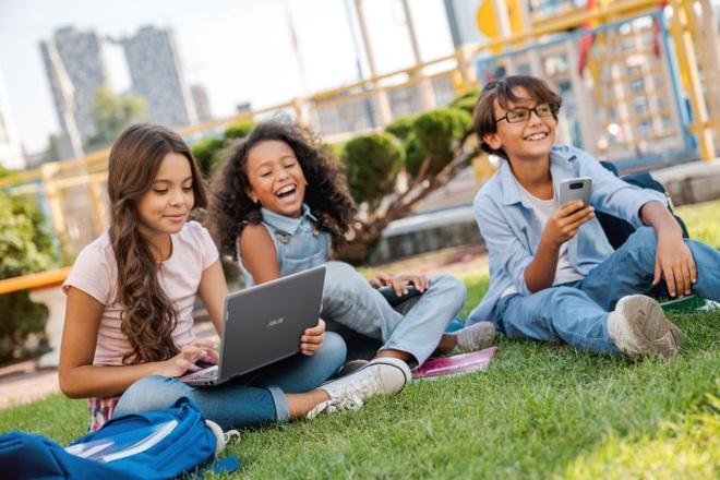 Thiết bị CNTT trong giáo dục: Nền tảng cho chất lượng quốc tế - 1