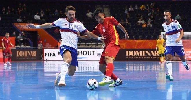 Những khoảnh khắc quả cảm của cầu thủ futsal Việt Nam trước Nga - 17