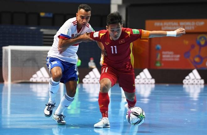 Những khoảnh khắc quả cảm của cầu thủ futsal Việt Nam trước Nga - 8