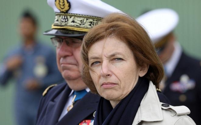 Nhiều chính trị gia kêu gọi Pháp tính đến khả năng rời NATO - 1