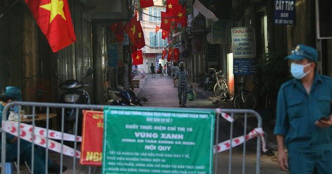 ADB: Kinh tế Việt Nam sẽ tăng trưởng 6,5% năm 2022 - 1