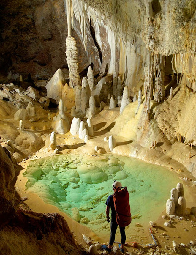Quang cảnh khó tin tại một trong những hang động dài nhất thế giới - 5