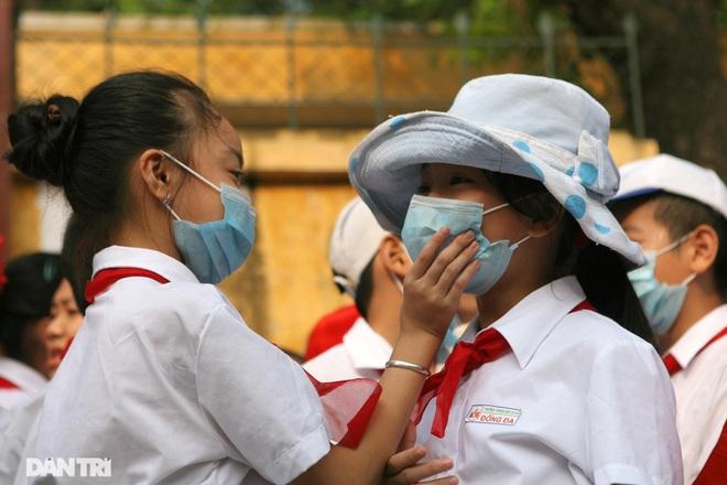 Chủ tịch Hà Nội: Khẩn trương tìm nguồn vắc xin phòng Covid-19 cho trẻ em - 2
