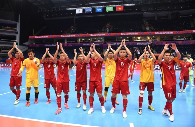 Báo Nga nói gì khi đội nhà chiến thắng nhọc nhằn trước futsal Việt Nam?