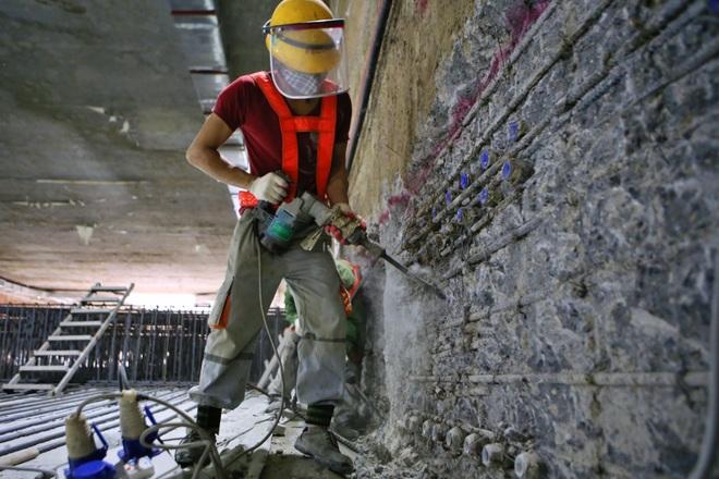 Nhà thầu tạm dừng thi công ga ngầm S12 tuyến Metro Nhổn - ga Hà Nội - 1
