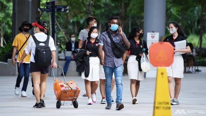 Đông Nam Á vạch đường sống chung với Covid-19, tìm cách phục hồi kinh tế - 1