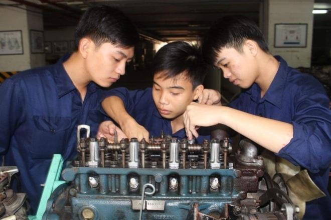 Công nghệ kỹ thuật ô tô: Ngành học hấp dẫn nhất của trường nghề - 1