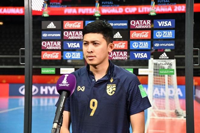 Thầy trò đội tuyển futsal Thái Lan đau đớn xin lỗi người hâm mộ - 2