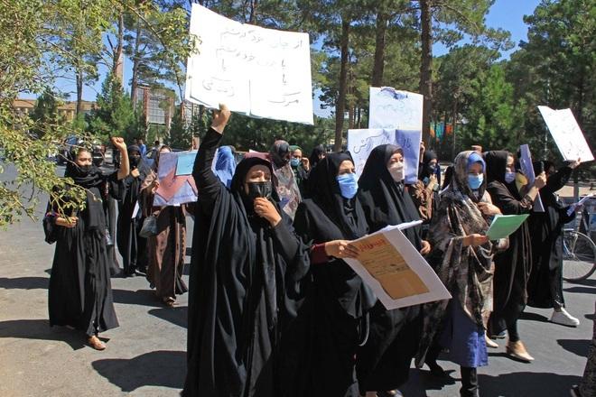 Những hình phạt răn đe hà khắc dưới thời Taliban - 3