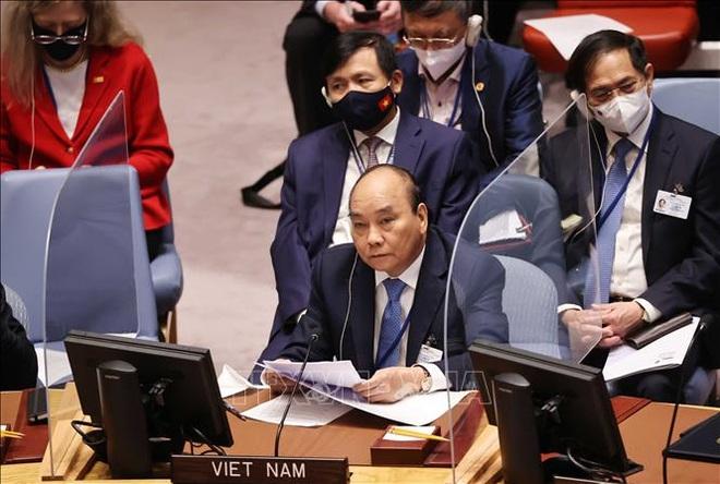 Chủ tịch nước Nguyễn Xuân Phúc đề xuất sáng kiến ứng phó biến đổi khí hậu - 1