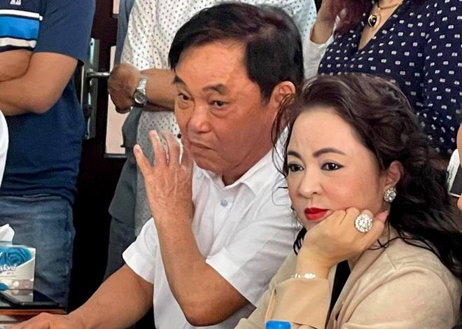 Phục hồi điều tra vụ bà Nguyễn Phương Hằng tố thần y Võ Hoàng Yên - 1